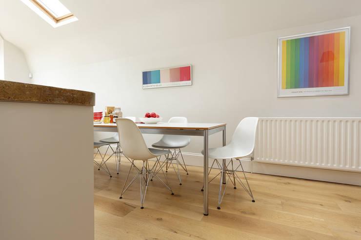 KITCHENS: The Ladbroke Modern kitchen by Cue & Co of London Modern