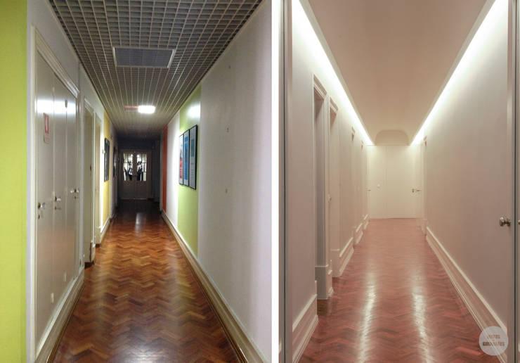 Remodelação de apartamento Avenidas Novas, Lisboa: Corredores e halls de entrada  por Matos + Guimarães Arquitectos