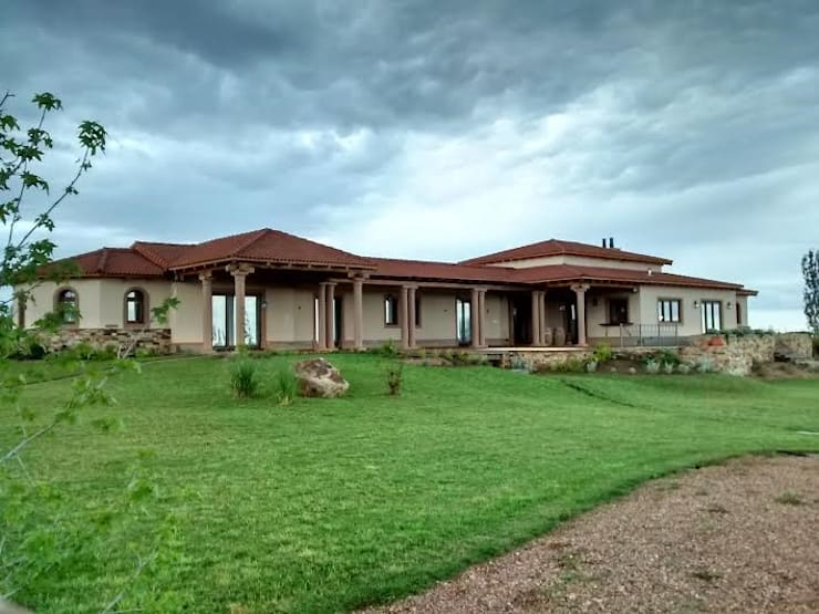 Vista sur: Casas de estilo  por Azcona Vega Arquitectos,Rústico