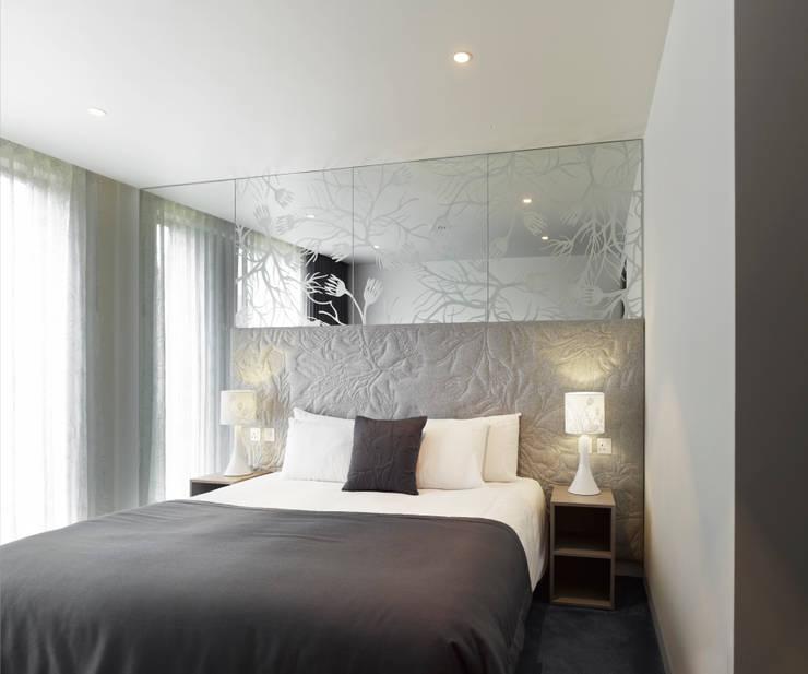 Bedroom:  Hotels by STUDIO 9010