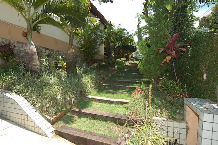 modern Garden by Emmilia Cardoso Designers Associados