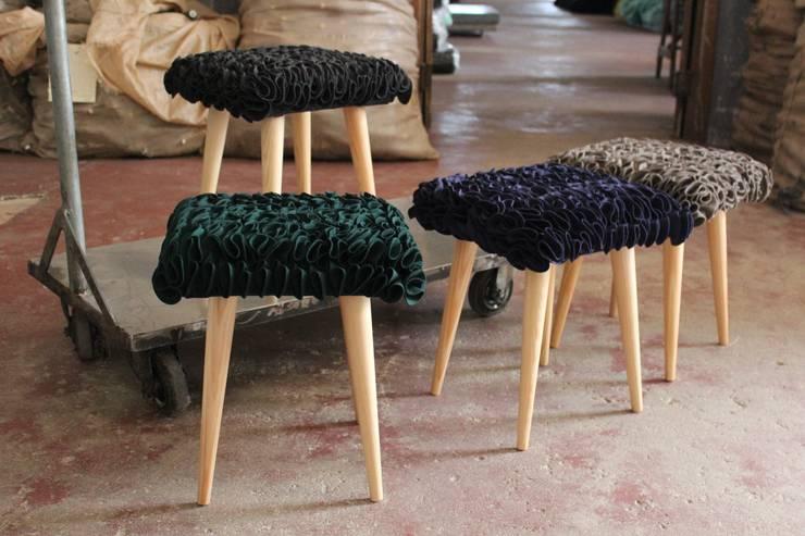 Bancos folhos:   por Burel Factory,Moderno Lã Laranja