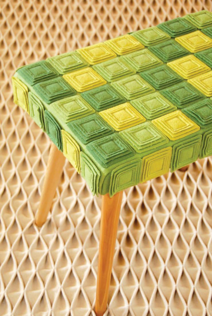 Banco rasas:   por Burel Factory,Moderno Lã Laranja