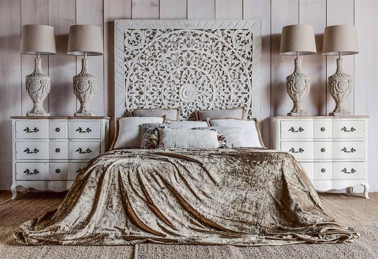 Camera da letto in stile in stile Mediterraneo di homify