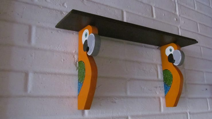 Repisa de Guacamayas Amarillas: Arte de estilo  por Artesania Ikare