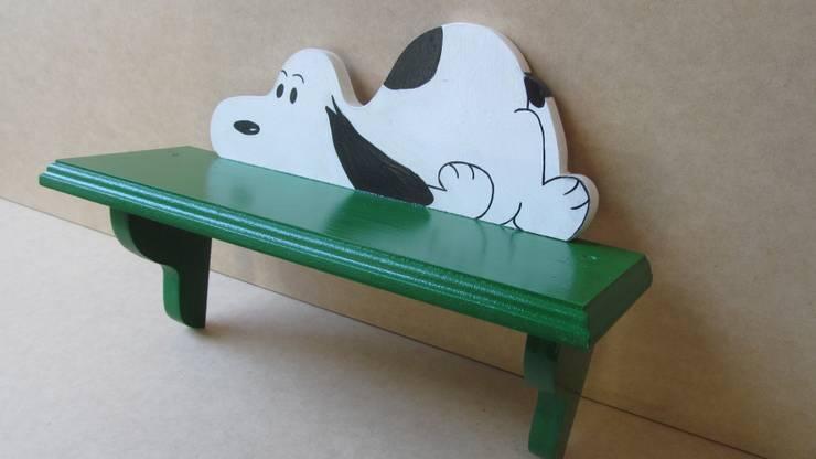 Repisa Verde con Snoopy : Arte de estilo  por Artesania Ikare