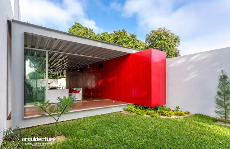 Casas industriais por Grupo Arquidecture