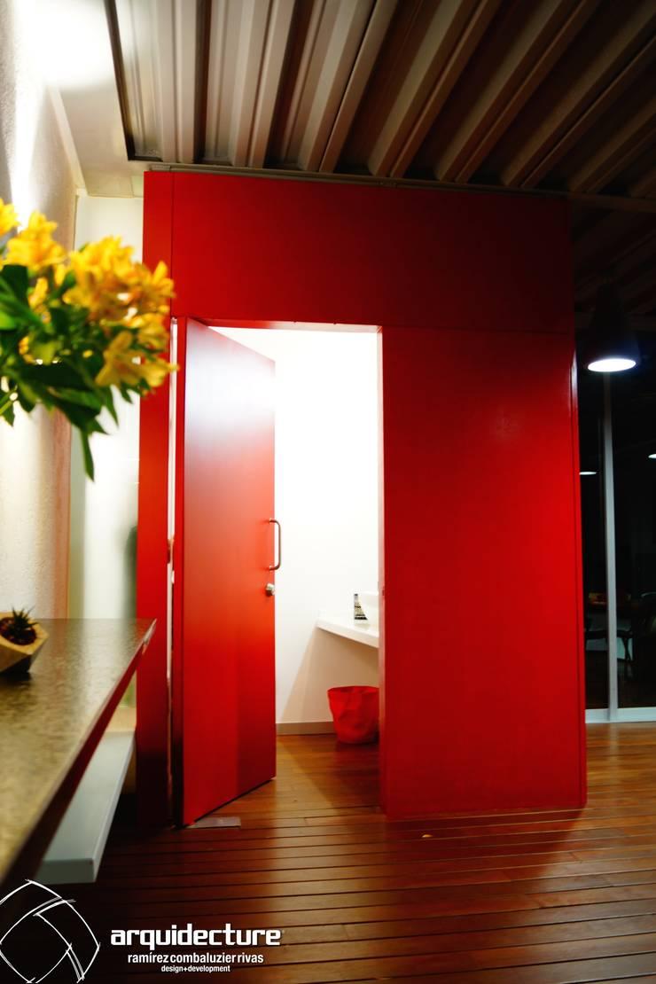 ESTUDIO 2XR: Baños de estilo  por Grupo Arquidecture