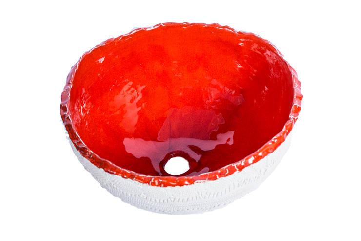 Cuba Bowl Renda Branca com Vermelho: Banheiro  por Atelier Daniele Drummond,