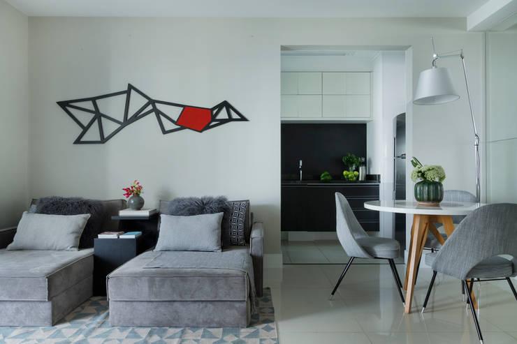 Campo Belo: Salas de estar  por Studio GPPA