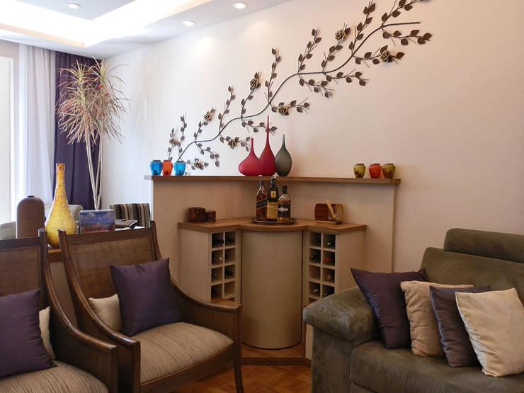 Salas / recibidores de estilo  por MBDesign Arquitetura & Interiores