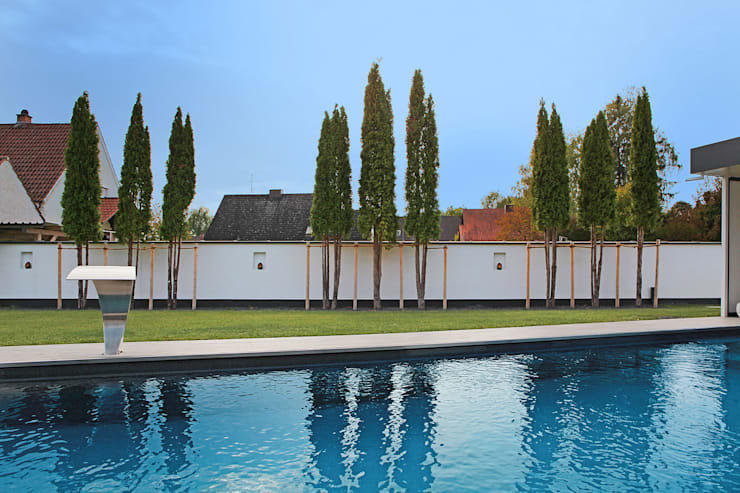 Domizil in Oberbayern:  Pool von Herzog-Architektur,Modern