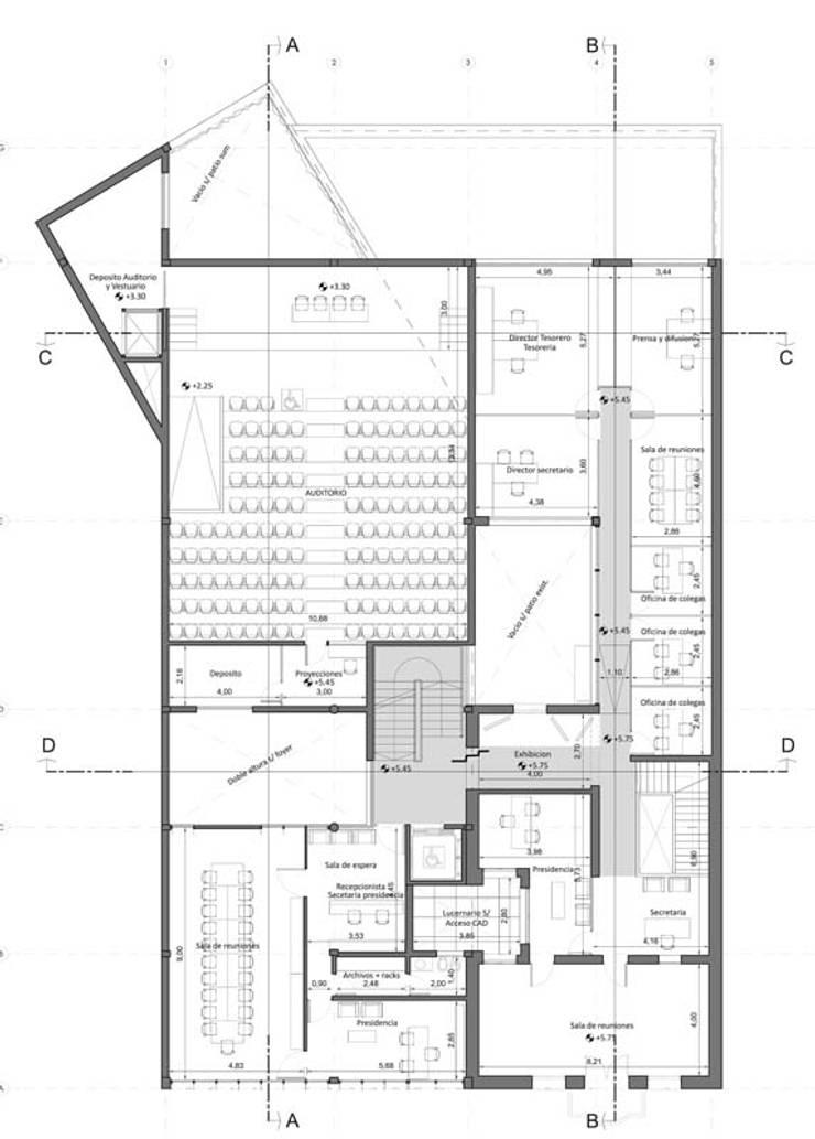 Primer Piso: Estudios y oficinas de estilo  por Pablo Anzilutti | Arquitecto