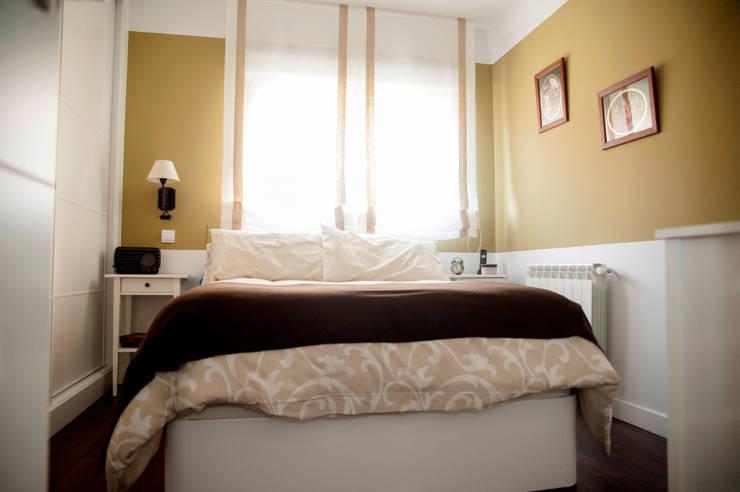 Dormitorios de estilo  por Arquigestiona Reformas S.L.