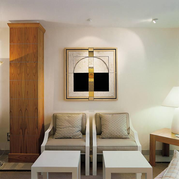 de Roberto Catalini Int. Designer Mediterráneo Derivados de madera Transparente