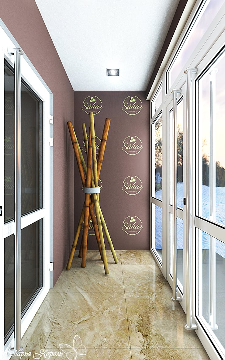 Corridor & hallway by Your royal design, Tropical