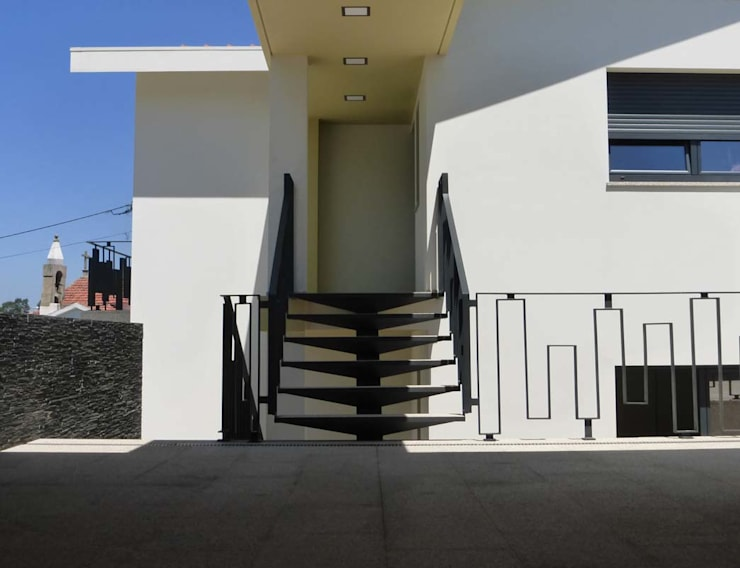 Casas unifamilares de estilo  de Em Paralelo