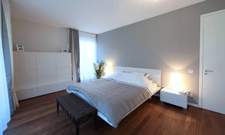 Chambre de style de style Minimaliste par nadine buslaeva interior design