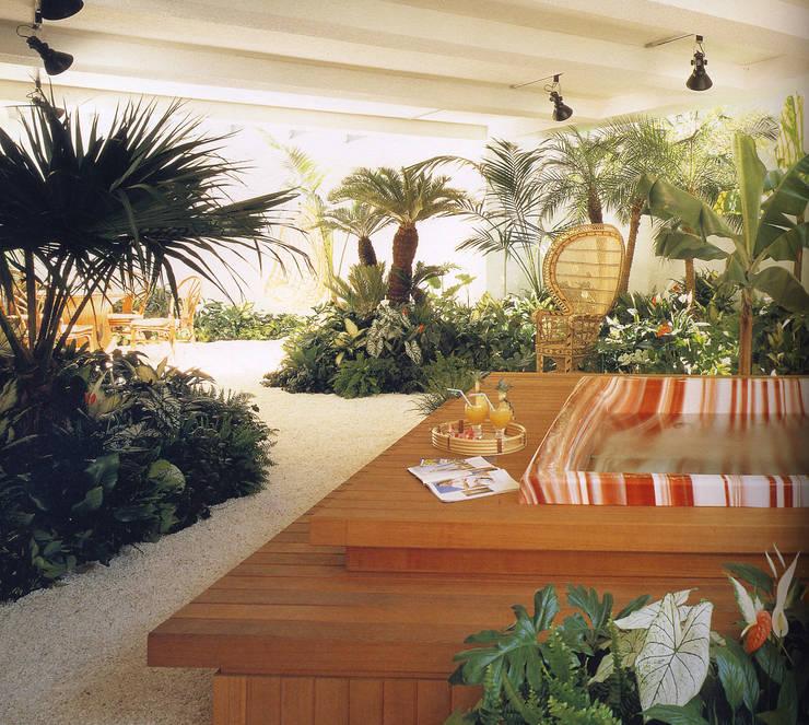 地下にある庭: (有)ハートランドが手掛けた庭です。
