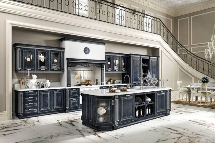 Home cucine srl Italien: Cucina in stile in stile Mediterraneo di home cucine