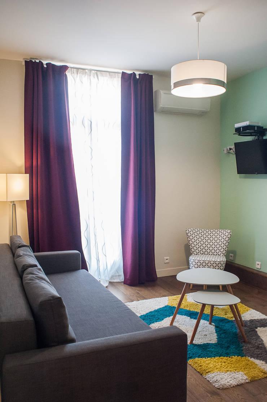 Home Staging - Cannes: Salon de style  par B.Inside
