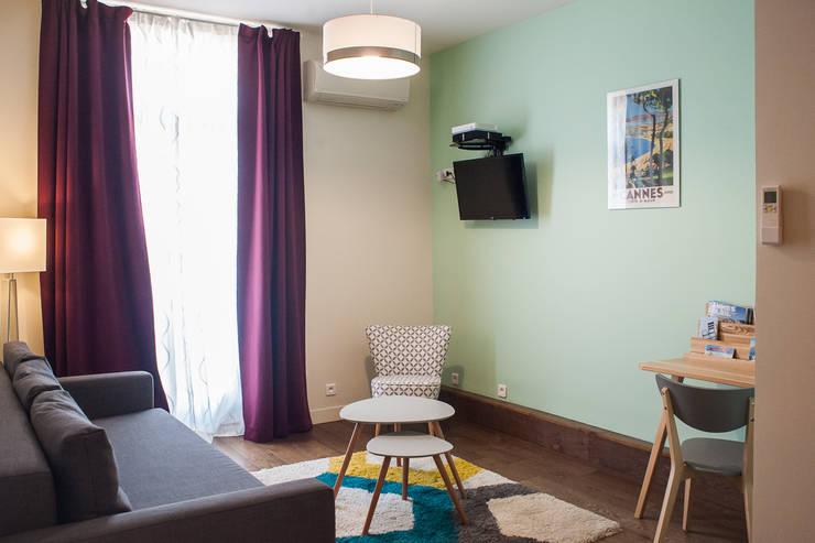 Home Staging – Cannes: Salon de style  par B.Inside