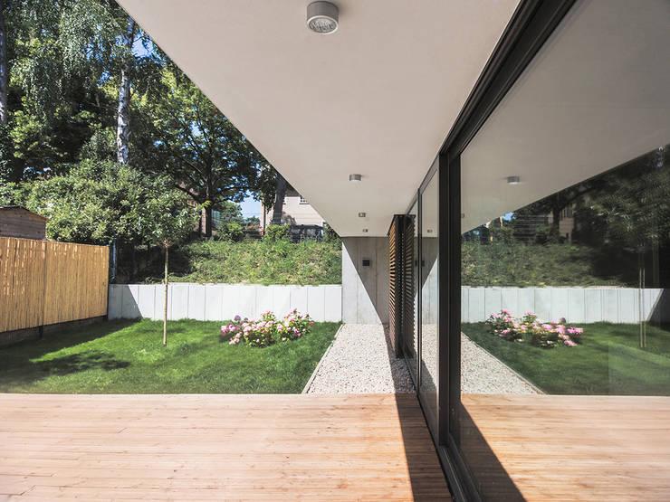 Peter Ruge Architekten의  정원