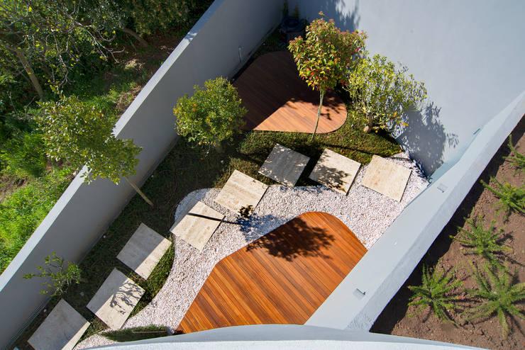 GRAU.ZERO Arquitecturaが手掛けた庭