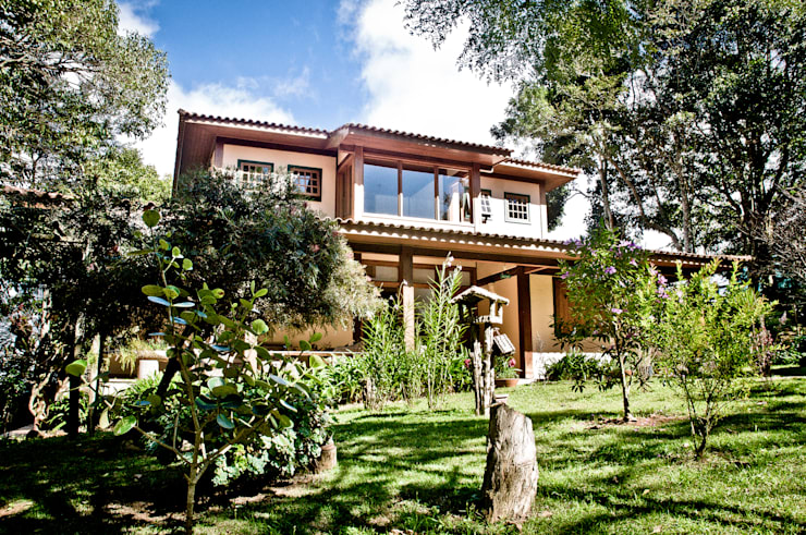 Projekty,  Domy zaprojektowane przez Carlos Eduardo de Lacerda Arquitetura e Planejamento