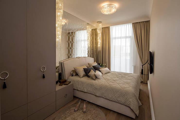Sypialnia glamour.: styl , w kategorii Sypialnia zaprojektowany przez CAROLINE'S DESIGN