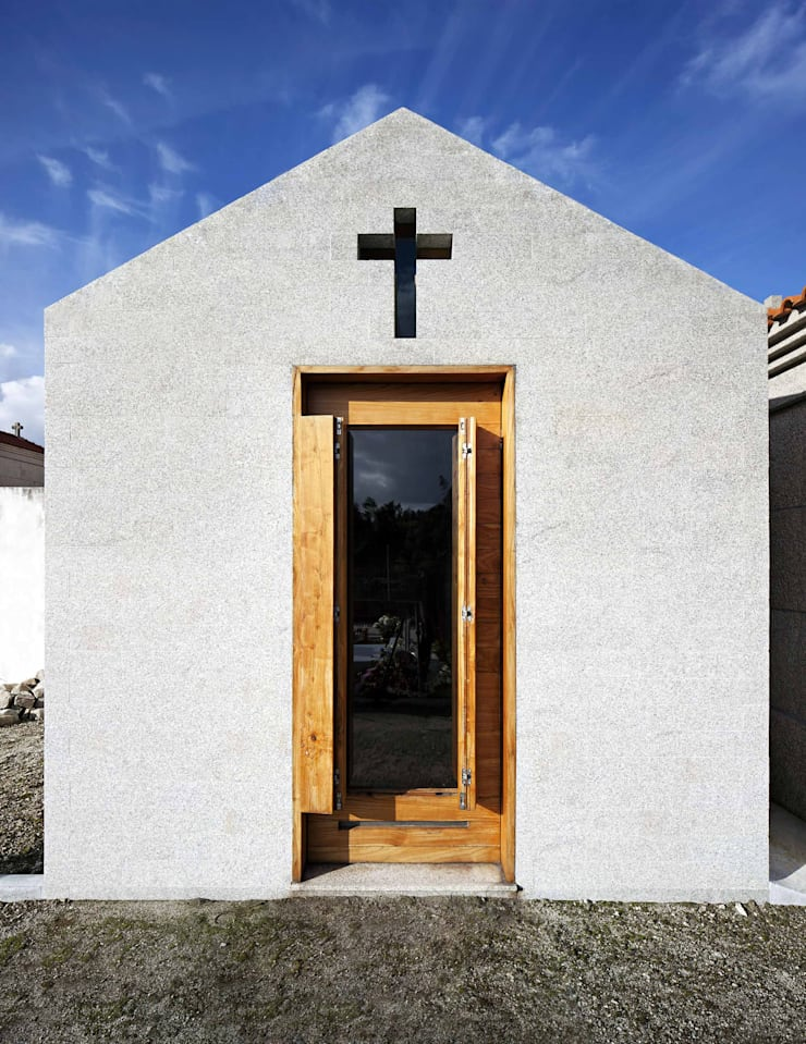 Chapel: Casas  por es1arq