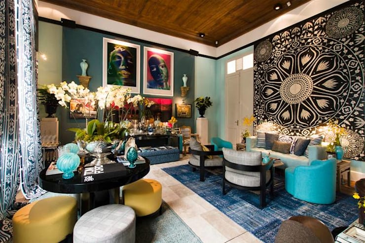eclectic Living room by Flavia Guglielmi Arquitetura