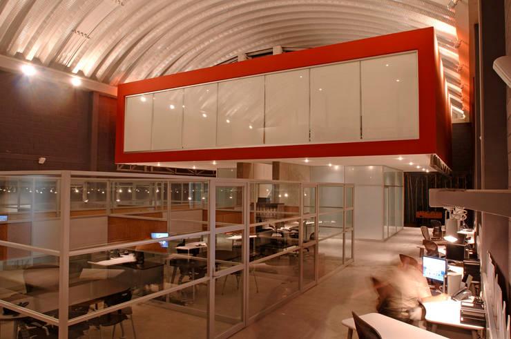 Studio in stile  di ARCO Arquitectura Contemporánea