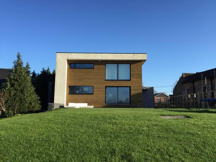 منازل تنفيذ Bureau d'Architectes Desmedt Purnelle