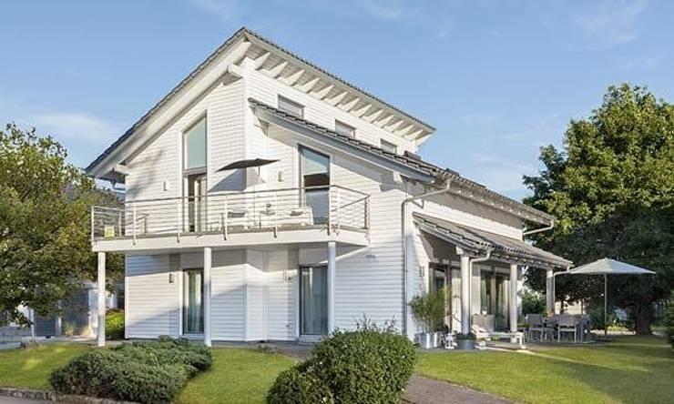 YOUNG FAMILIY HOME - Außenansicht:  Häuser von SchwörerHaus