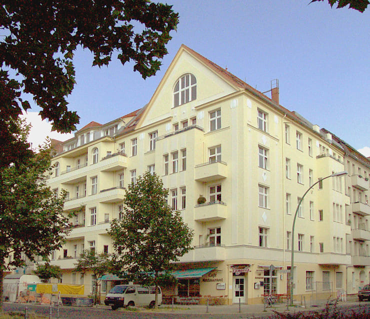 Classic style houses by Buseck Architekten Classic