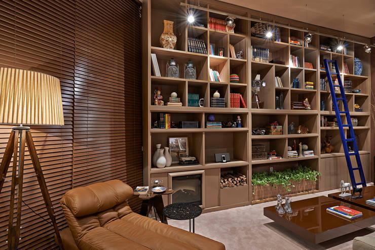 Sala de Leitura - Decora Lider 2013: Salas de multimídia  por FF Arquitetura e Design