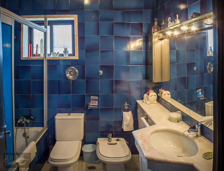 WC: Casas de banho  por Pedro Brás - Fotografia de Interiores e Arquitectura | Hotelaria | Imobiliárias | Comercial