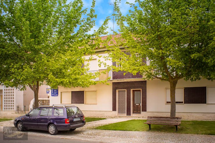 Fachada Exterior: Casas  por Pedro Brás - Fotografia de Interiores e Arquitectura | Hotelaria | Imobiliárias | Comercial