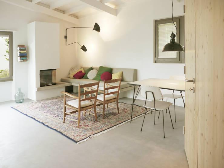 woonkamer:  Woonkamer door Studio Groen+Schild
