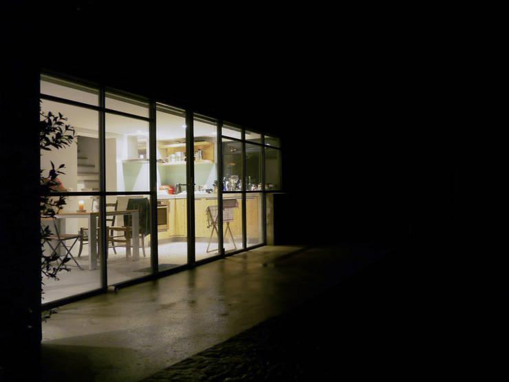 terras vakantiewoning:  Terras door Studio Groen+Schild