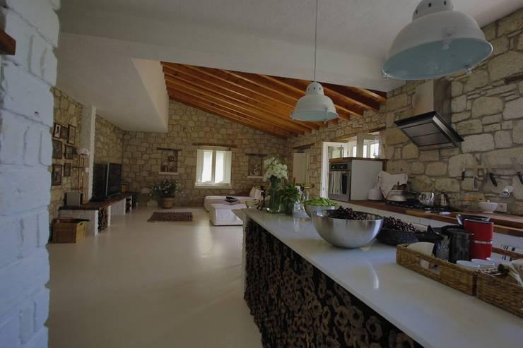 ห้องครัว by İBRAHİM TOPAL YAPI & MİMARLIK