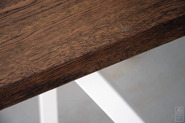 Stół SlantTable: styl , w kategorii Jadalnia zaprojektowany przez Blaise Handmade Furniture