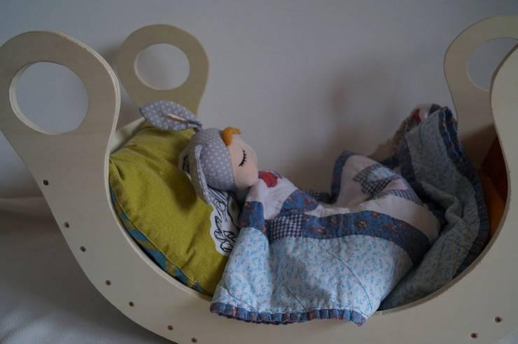 Nursery/kid's room by Schwesternliebe&Wir