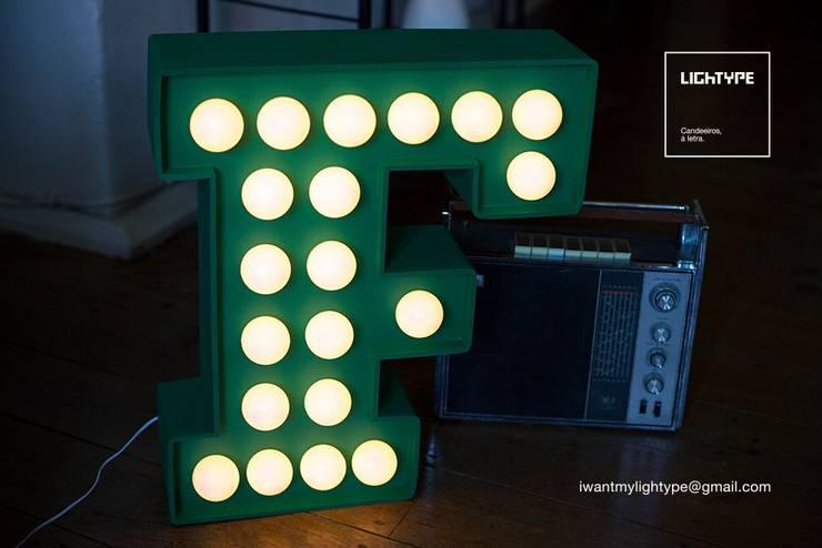 BOLD TYPE: Casa  por LIGHTYPE