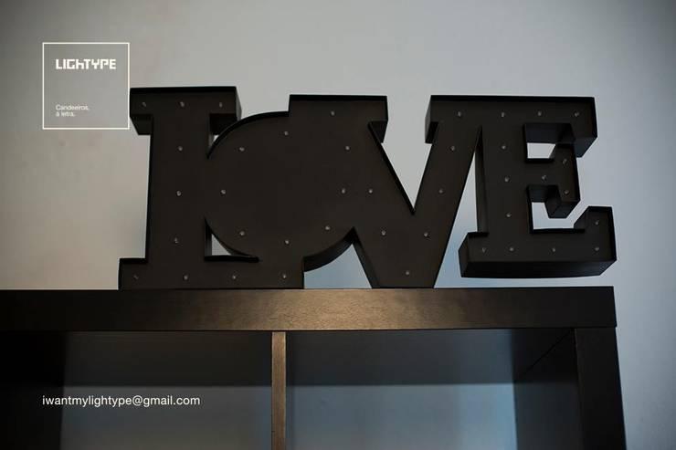 LOVE TYPE: Casa  por LIGHTYPE