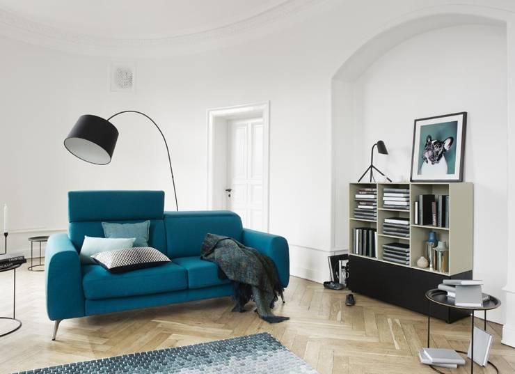 Salas/Recibidores de estilo moderno por BoConcept Lisboa