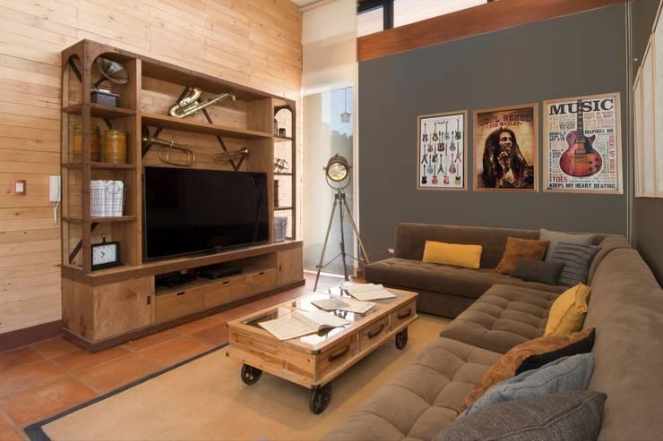 Sala acogedora: Salas de estilo  por DLPS Arquitectos