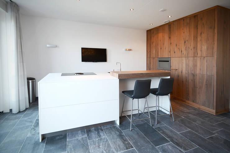 Keuken Waalwijk:  Keuken door Ecker Keukens en Interieur
