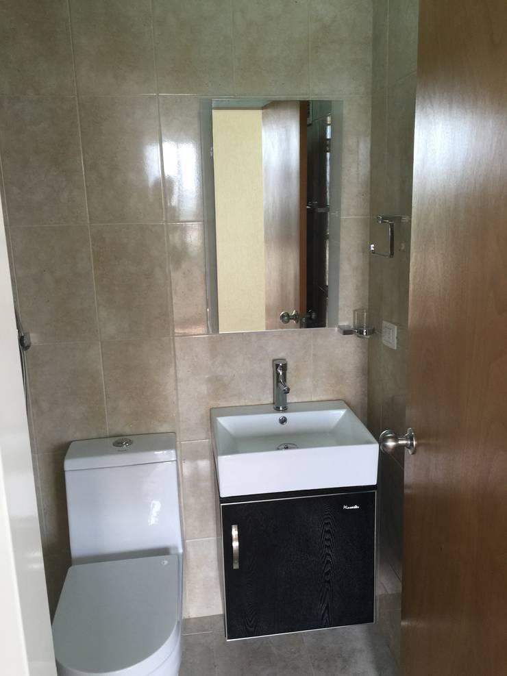 Baño cuarto principal:  de estilo  por José D'Alessandro